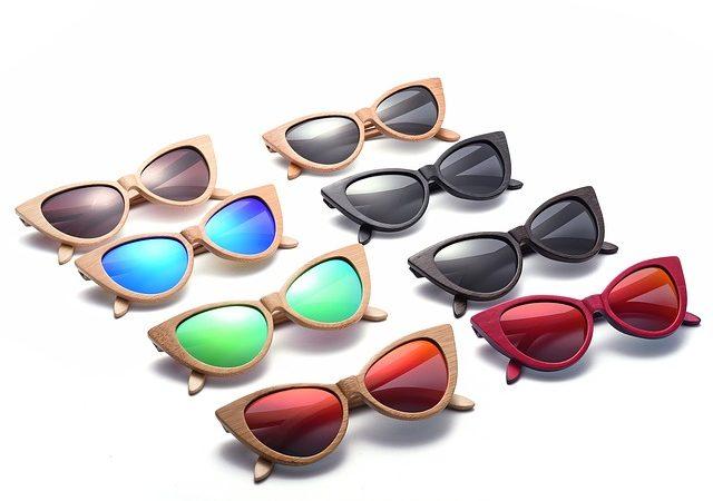 Restez branché avec des lunettes en bois !